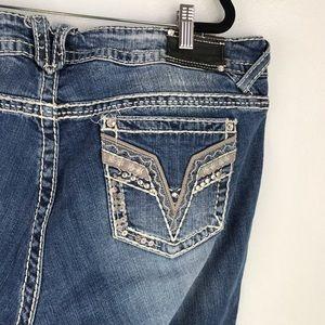 Vigoss   The Chelsea Slim Bootcut Jean